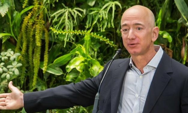 Jeff Bezos cède son fauteuil de directeur général d'Amazon à Andy Jassy